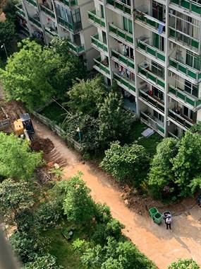 挖机进场!景德镇这小区开始大改造!停车场、道路…统统整改