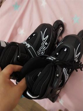 【转卖】溜冰鞋。