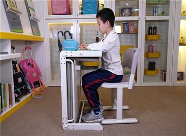 有需要学生课桌椅的吗?适合托管辅导班使用的课桌椅
