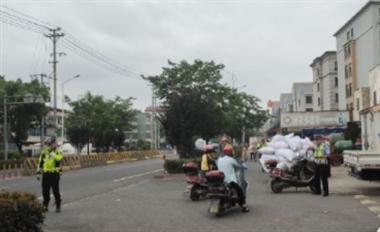 100多辆电瓶车被拦下!诸暨各街口、村镇正在严查这行为