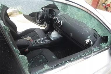 湖州一男子酒后冲进前女友家,持刀一顿狂砍!被警察带走…