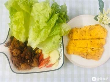 天气炎热,晚餐就做个烤五花肉和芝士煎蛋吧