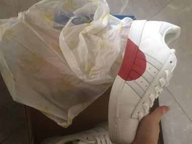 【转卖】阿达贝壳鞋