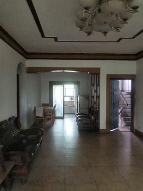 两室两厅,长期出租。