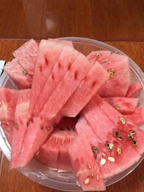 有没有爱吃冰镇西瓜??……