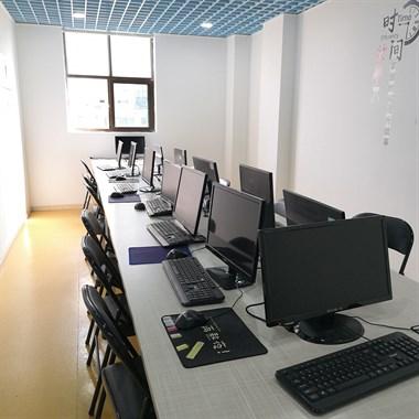 桐乡哪里有电脑办公培训班_学电脑文员制表格多少钱