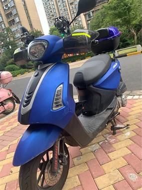 【转卖】九成新踏板摩托车转让