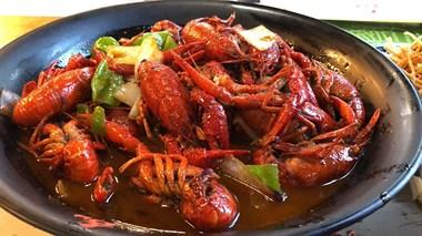 龙虾,100块7斤,随时送货