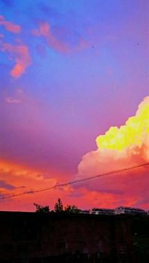 刷屏了!衢州天空被五彩祥云笼罩,可有盖世英雄降临?