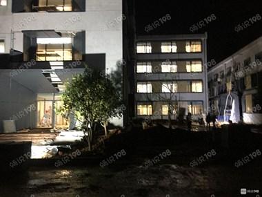景德镇市政府要搬迁啦 就在老高专!宿舍大楼全围起来改造