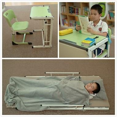 这款课桌平时可以当课桌用,铺开可以当床睡觉