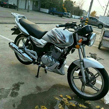 收一辆二手摩托车