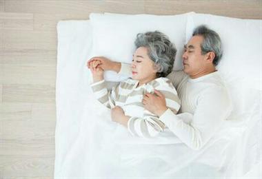 儿媳一早陪55岁婆婆看妇科,原因有点羞羞