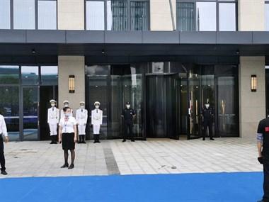 【招聘】城南高铁新城售楼部招聘安保人员!!