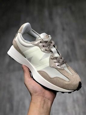 【转卖】各种潮鞋 工厂批发
