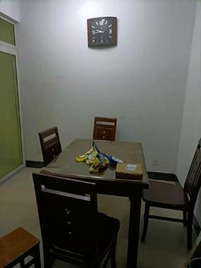出租三室两厅