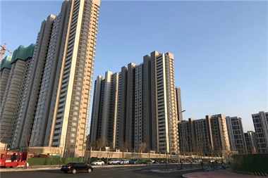 济南市万科翡翠公园住宅位置在哪能做几路车到