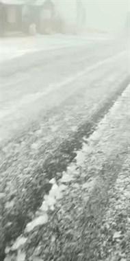 社友实拍北山道路!结冰严重!评论:雪景虽好小命更重要