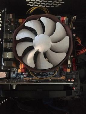E5游戏电脑