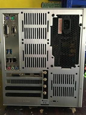 I5-8400吃鸡电脑
