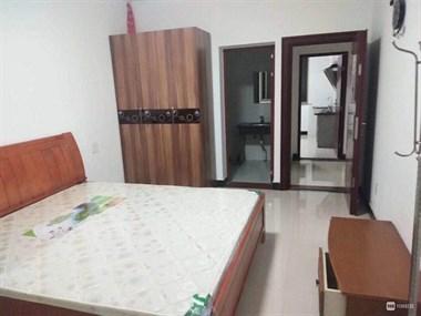 三江城仙湖湖幼儿园附近四楼一室一厨一卫出租