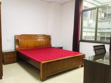 东方公寓有房出租