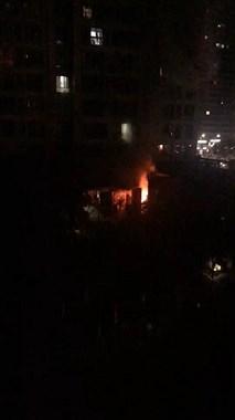 火光熊熊!正大新城小区一电瓶车烧起来,119都来了