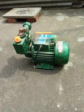 【转卖】凌霄水泵低价出售