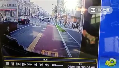 长兴一公交司机停下车独自离开,大家却纷纷点赞,只因…