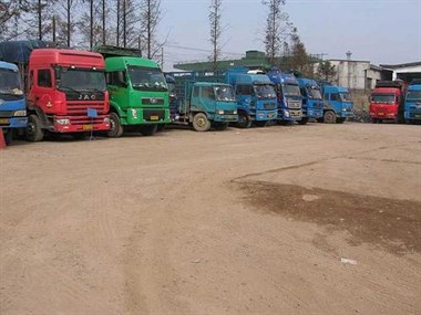 有商机!和平40多辆大货车有这个难题,竟至今没办法解决