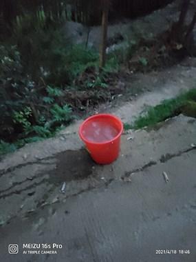 老板没水半个月了