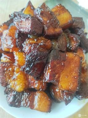 新昌猪肉都快比蔬菜便宜了,五花肉才12元一斤!