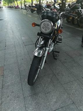 【转卖】省油摩托车低价出!
