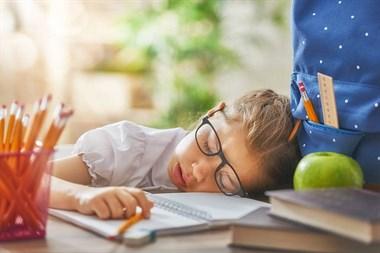 何和堂儿童体质调养:孩子也会苦夏吗?
