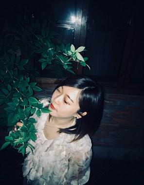 疲惫的生活需要一个温柔的梦,和一个很爱的人