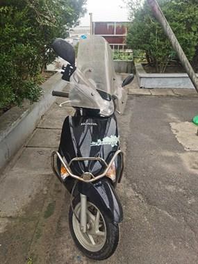 【转卖】五羊本田佳御摩托车