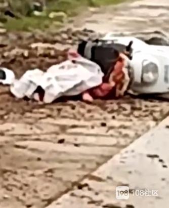 瓷都这路段又出事!一女子骑车被货车碾压 现场已盖布…