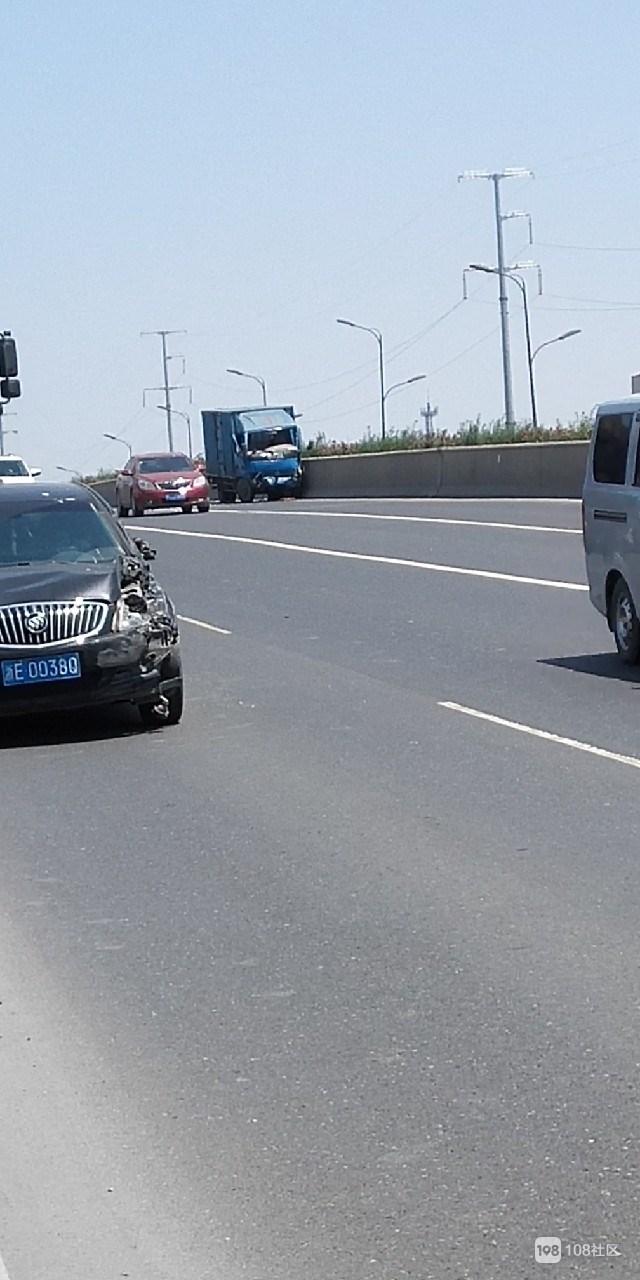 乾元东苕溪大桥发生事故。。。。