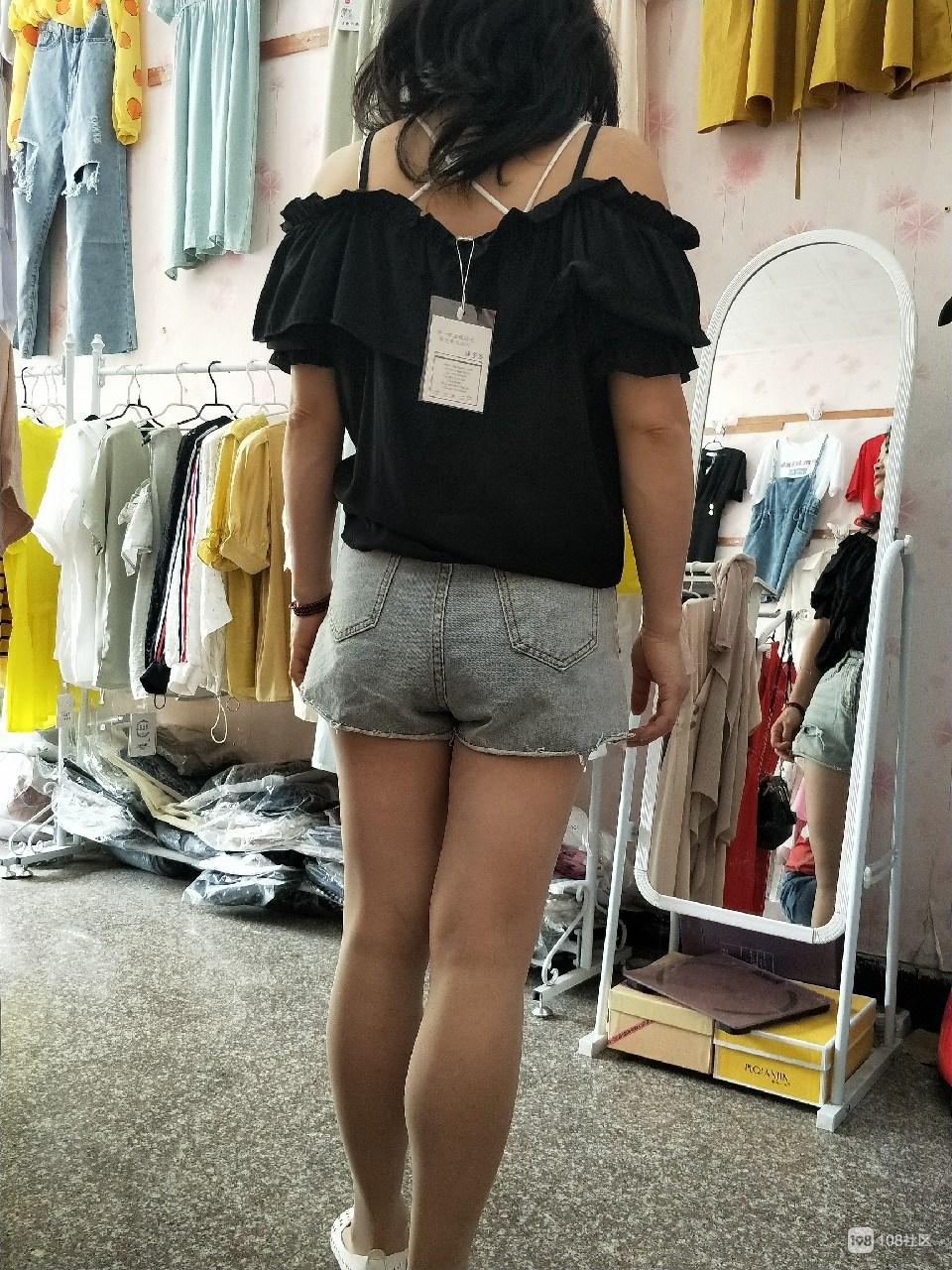 败家娘们一休息就跑去新昌买衣服,一买就是好几套!