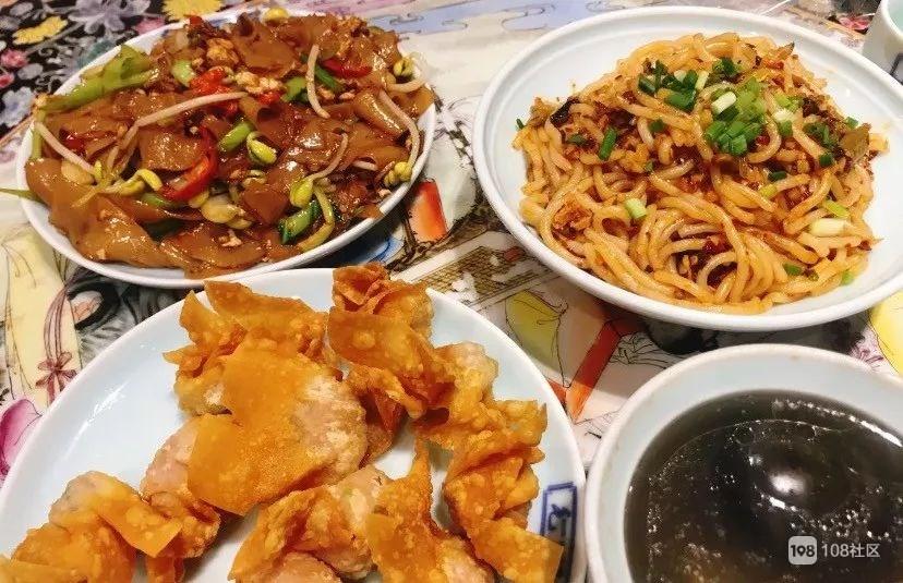 """瓷都变""""吃都""""!冷粉饺子粑清汤煎饼 陪伴你长大的市井美味"""